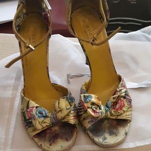 Adorable preloved Gucci heels